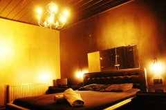 rooms Vipp-Club Meerbeke Belgium bar prive erotica