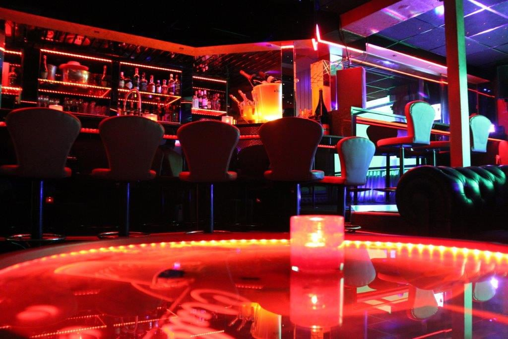 Erotiek Vipp Club Meerbeke Belgie prive