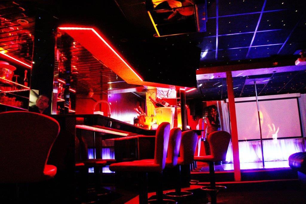 Erotica Club Prive Vipp Meerbeke Belgie bar relax vrouwen