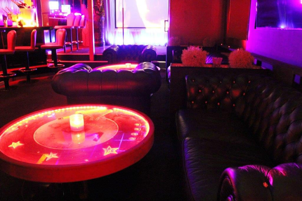Bar prive Vipp Club Belgique massage relax erotique
