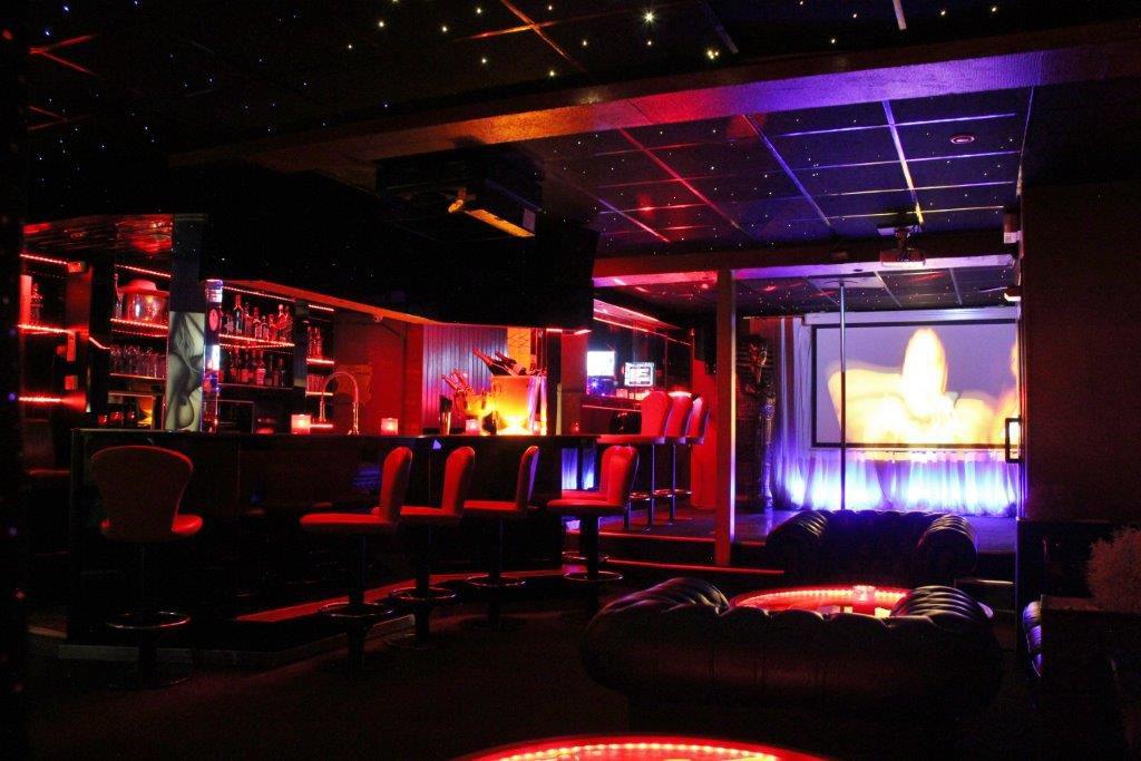 Prive bar Vipp club Belgie Meerbeke massage relax