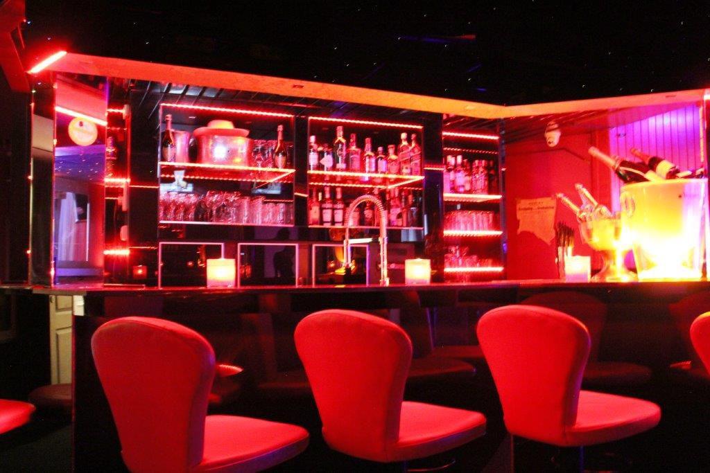 Prive bar Vipp Club Ninove Belgique massage