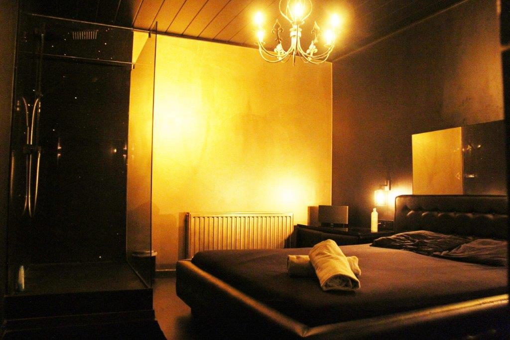room massage relax Vipp Club Meerbeke Ninove prive bar